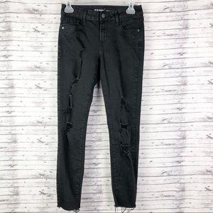 Old Navy Rockstar Ripped Raw Hem Crop Skinny Jeans